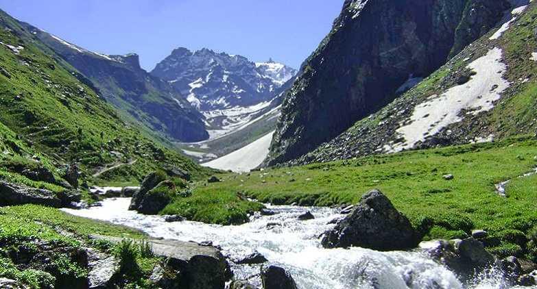 Trekking in Himachal
